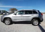 2014 Jeep Cherokee Latitude – Fairchild West Pine